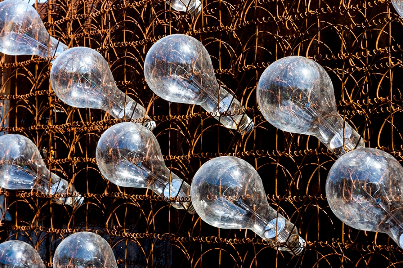 Junk_Art_Bulbs_KKD2109